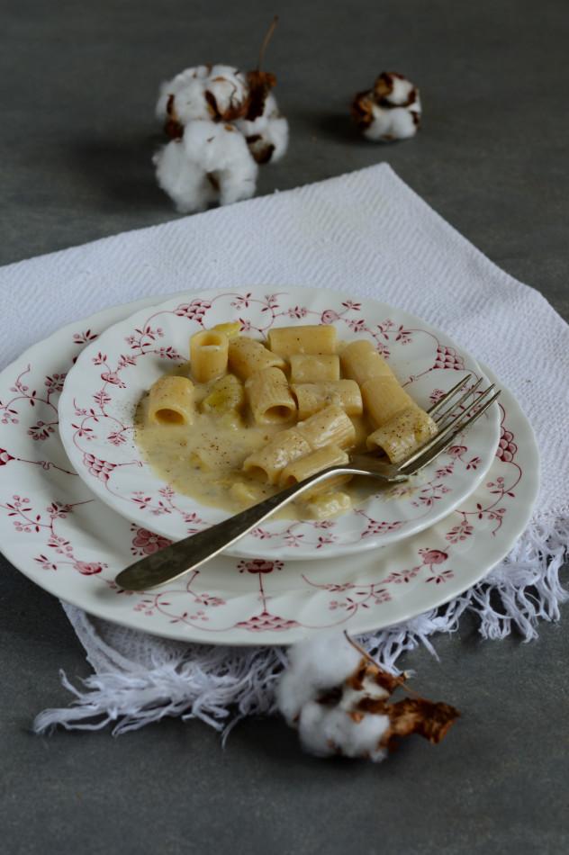 mezzemaniche con crema di patate_00002